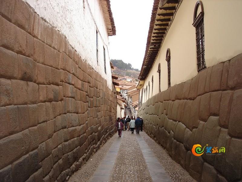 秘鲁库斯科Hatunrumiyoc街