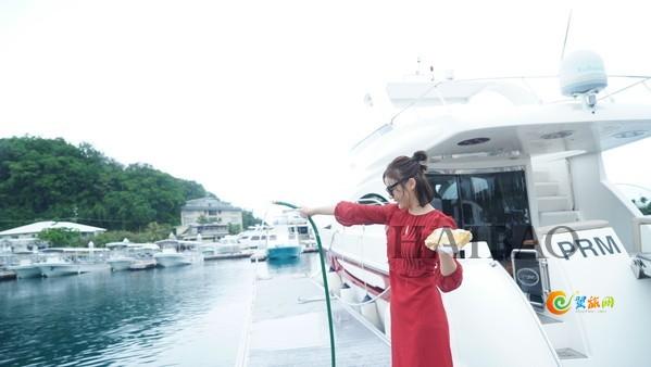 「海报全球旅拍师」之帕劳站袁姗姗